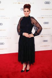 Debra Messing at Unforgettable Gala in Beverly Hills 2018/12/08 3