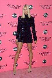 Devon Windsor at Victoria's Secret Viewing Party in New York 2018/12/02 2