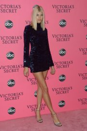 Devon Windsor at Victoria's Secret Viewing Party in New York 2018/12/02 4