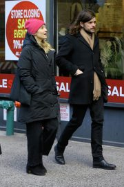 Dianna Agron and Winston Marshall Out in New York 2018/12/29 4