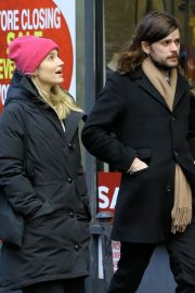 Dianna Agron and Winston Marshall Out in New York 2018/12/29 6