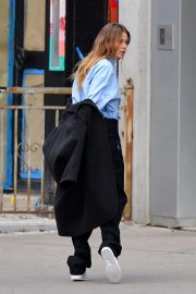 Doutzen Kroes on the Set of a Photoshoot in New York 2018/11/30 1