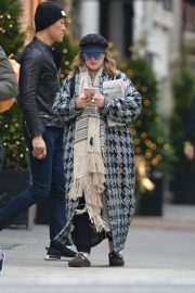 Drew Barrymore Out in New York 2018/12/09 2