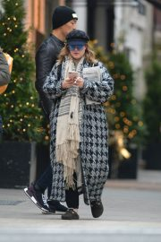 Drew Barrymore Out in New York 2018/12/09 3