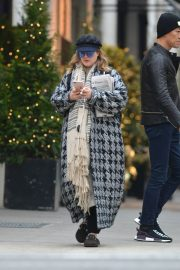 Drew Barrymore Out in New York 2018/12/09 4