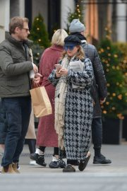 Drew Barrymore Out in New York 2018/12/09 6