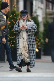 Drew Barrymore Out in New York 2018/12/09 7