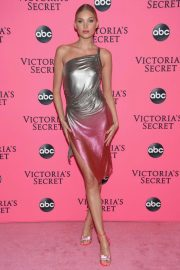 Elsa Hosk at Victoria's Secret Viewing Party in New York 2018/12/02 6
