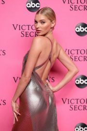 Elsa Hosk at Victoria's Secret Viewing Party in New York 2018/12/02 7
