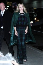 Emily Blunt Arrives at Late Show with Stephen Colbert in New York 2018/12/17 2