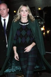 Emily Blunt Arrives at Late Show with Stephen Colbert in New York 2018/12/17 3