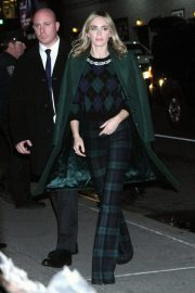 Emily Blunt Arrives at Late Show with Stephen Colbert in New York 2018/12/17 4
