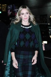 Emily Blunt Arrives at Late Show with Stephen Colbert in New York 2018/12/17 5