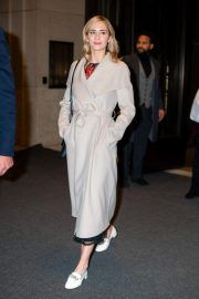 Emily Blunt Leaves Her Hotel in New York 2018/12/01 2