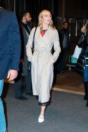 Emily Blunt Leaves Her Hotel in New York 2018/12/01 5