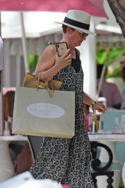 Emma Forbes at a Beach in Barbados 2018/12/29 3