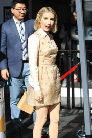 Emma Roberts at Ryan Murphy's Walk of Fame Ceremony in Hollywood 2018/12/04 3
