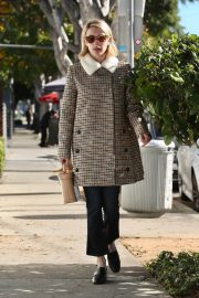 Emma Roberts Heading to a Spa in Los Angeles 2018/12/29 3