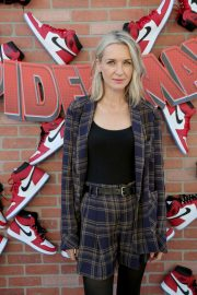 Ever Carradine at Spider-man: Into the Spider-Verse Premiere in Hollywood 2018/12/01 3