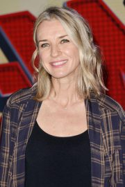 Ever Carradine at Spider-man: Into the Spider-Verse Premiere in Hollywood 2018/12/01 4