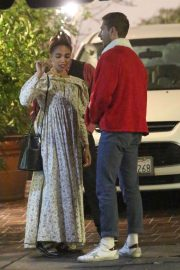 FKA twigs and Shia Labeouf Out for Dinner 2018/12/24 8