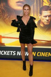 Gabby Allen at Bumblebee Fan Screening in London 2018/12/05 1