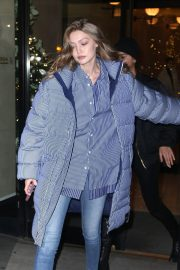 Gigi Hadid Arrives at Her Apartment in New York 2018/12/10 6