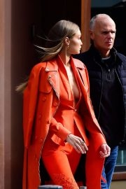 Gigi Hadid Out and About in New York 2018/12/11 2