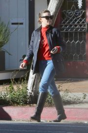 Ginnifer Goodwin Out and About in Los Angeles 2018/12/14 2