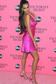 Gizele Oliveira at Victoria's Secret Viewing Party in New York 2018/12/02 3