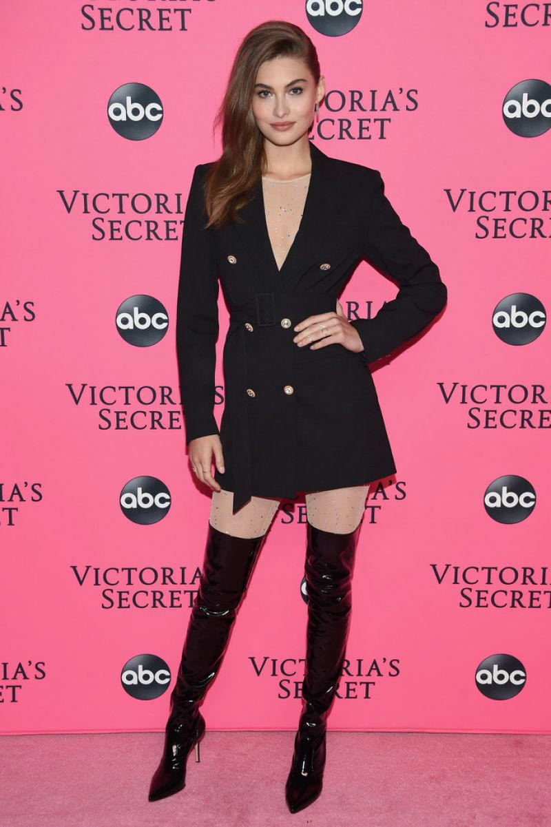 Grace Elizabeth at Victoria's Secret Viewing Party in New York 2018/12/02 1