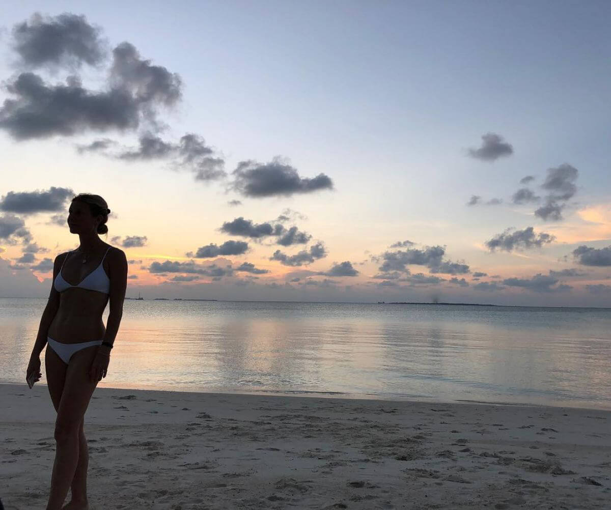 Gwyneth Paltrow in Bikini on Instagram Picture, December 2018 1