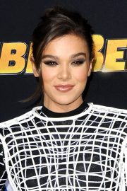 Hailee Steinfeld at Bumblebee Premiere in Hollywood 2018/12/09 6