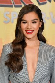 Hailee Steinfeld at Spider-man: Into the Spider-Verse Photocall in Los Angeles 2018/11/30 2