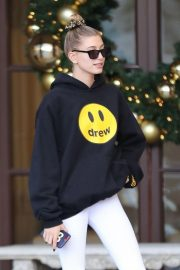Hailey Baldwin Leaves Montage Hotel in Beverly Hills 2018/11/30 8