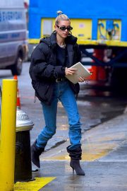 Hailey Baldwin Out in New York 2018/12/02 6
