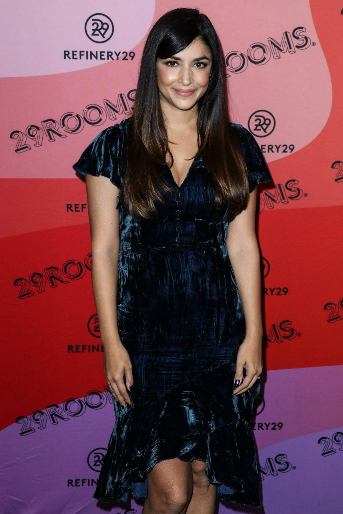 Hannah Simone at Refinery29's 29rooms Los Angeles 2018: Expand Your Reality 2018/12/04 1