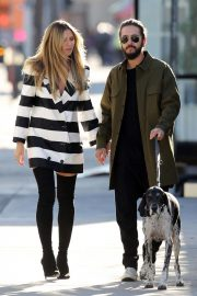 Heidi Klum and Tom Kaulitz Out with His Dog in Los Angeles 2018/12/03 10