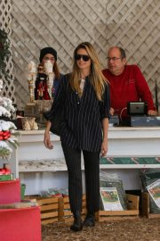 Heidi Klum Out and About in Beverly Hills 2018/12/15 3