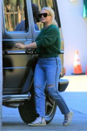 Hilary Duff and Matthew Koma Out Shopping in Studio City 2018/12/04 6