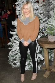 Hilary Duff at 1st Annual Cocktails for A Cause with Love Leo Rescue in Los Angeles 2018/12/06 3