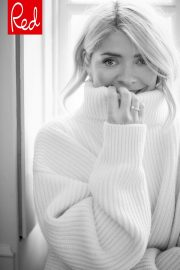 Holly Willoughby for Red Magazine January 2019 3