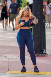 Iskra Lawrence in Tights Leaves a Gym in Miami 2018/12/10 9