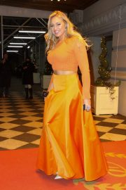 Iskra Lawrence Leaves L'Oreal Event in New York 2018/12/05 8