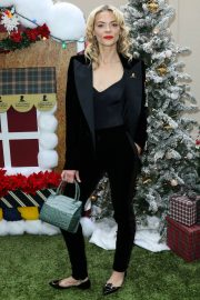 Jaime King at Brooks Brothers Holiday Celebration in Los Angeles 2018/12/09 4