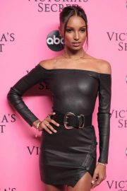 Jasmine Tookes at Victoria's Secret Viewing Party in New York 2018/12/02 5
