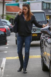 Jennifer Garner Out and About in Brentwood 2018/12/10 4