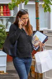 Jennifer Garner Out and About in Brentwood 2018/12/10 8