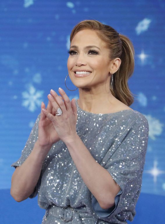 Jennifer Lopez at Good Morning America 2018/12/12 1