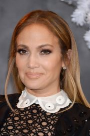Jennifer Lopez at Second Act Photocall in Los Angeles 2018/12/09 4